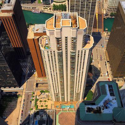 Looking down Showcase: November Photanaka Chicago City Skyscraper
