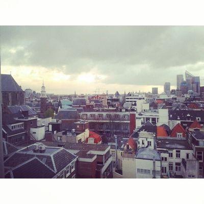 Вид из окна нашего отеля в Гааге