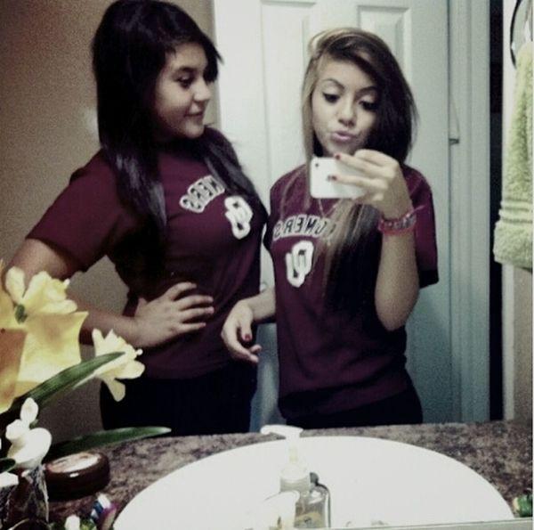 matching w. my sister <3
