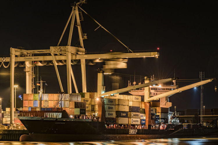 Large container terminal at the port