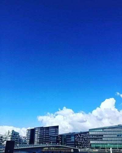Showcase July Copenhagen, Denmark Copenhagen Denmark Bryggen Islands Brygge Buildings Apartments Architecture Blue Sky Blue Sky Summer Day Summertime Summer In Denmark TakeoverContrast The Architect - 2017 EyeEm Awards The Week On EyeEm Colour Your Horizn