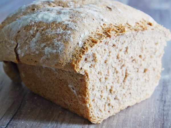 Bread Close-up Day Food Food And Drink Freshness Full Grain Bread Healthy Eating Healthy Lifestyle Home Baking Indoors  Loaf Of Bread No People Ready-to-eat SLICE Sliced Bread Wooden Desk