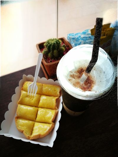 Food And Drink Ready-to-eat Sweet Food Drink Coffee Time Relaxing Dessert
