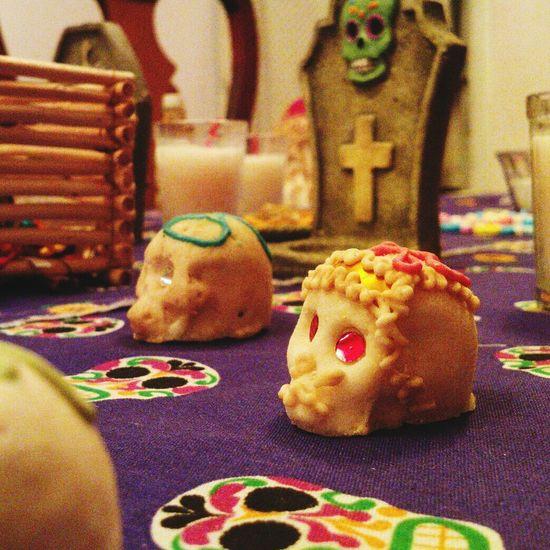 Ofrenda Al Dia De Muertos Calaverasdemexico