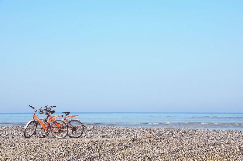Les vélos sur la plage Velo Bike Beach Blue Summer Clear Sky Scenics Sea