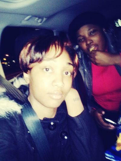 Out Cooling Wif Teetee