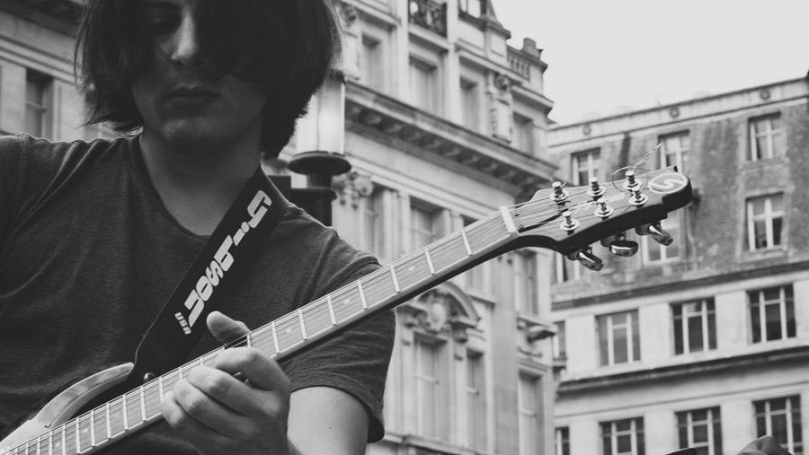 TPG Street Photography Man Guitar Musician Streetphoto_bw Street Photography Streetphotography Shades Of Grey