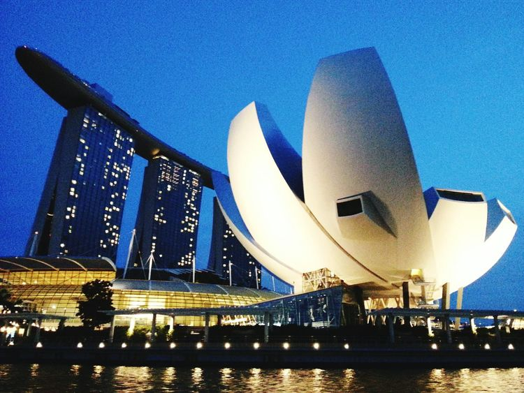 Sometimes I do miss living in Singapore Singapore Marina Bay Sands Memory Of Travel 2014 Nostalgic  Architectureporn Architecturelovers