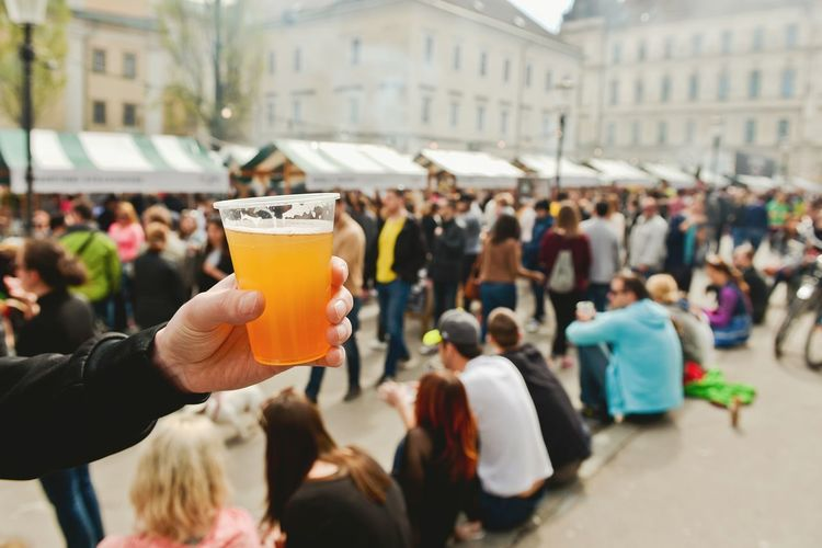 Beer Beer Time Beerporn Pivo In Burger Fest Pivo Birra Showcase April Show Us Your Takeaway! Pils Pilsner Street Eats Street Food Pop Up Ljubljana Pogačarjev Trg Pivce Outside Spring Drink Drinking The Street Photographer - 2016 EyeEm Awards The Photojournalist - 2016 EyeEm Awards Colour Of Life People Together ShareTheMeal Lieblingsteil Visual Feast Live For The Story Place Of Heart Mix Yourself A Good Time