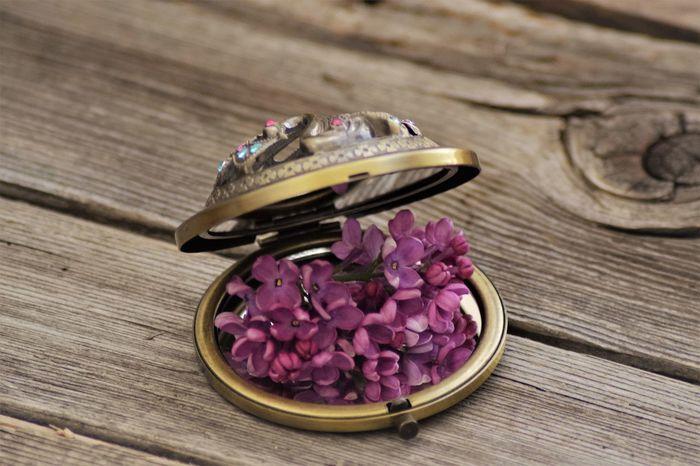 Kitsch Oder Kunst Lilac Flower Memories ❤ Flower Fragility Fragnance Nature Wood - Material