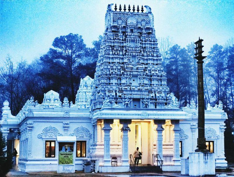 Atlanta Ga Hindu Temple Architecturelovers Lowlight Foggy Day Beautiful EyeEm Best Edits EyeEm Best Shots R