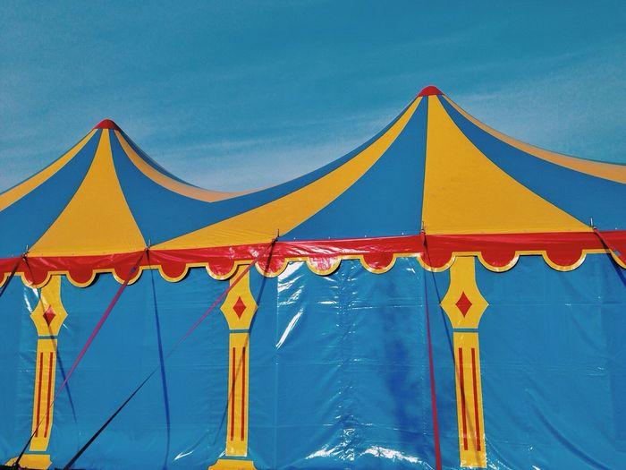 Pantone Colors By GIZMON Vscocam Circus, Circus Mobilephotography.de Cobalt Blue By Motorola