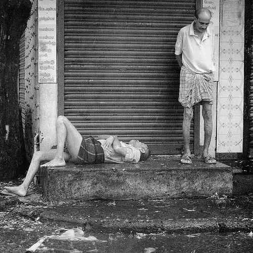 Bnw_captures Great_bnw Rsa_bnw Bnw_diamond Bnw_planet Bnw Bnw_mnml Bnwmood Bnw_india Bnw_life Bnw_magazine Ae_bnw Bnw_universe Ig_worldbnw Bnw_igers Blacknwhiteperfection India_clicks Indianstories Indiapictures _soi Igramming_india Sochennai Streetsofindia Khichek Incredibleindia love lonelyplanet lonelyplanetindia