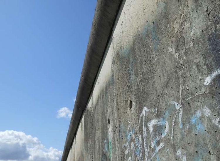Berlin Berlin Wall Citytrip Leading Lines Blue Sky Graffiti Concrete Concrete Wall