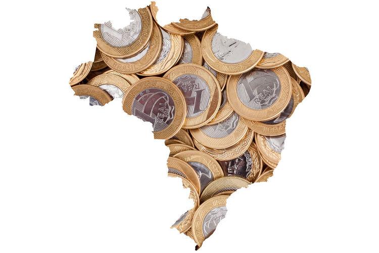Brazil Brazilian Map Economy Finances Government Lawless Map Politics Admin Cash Coin Congress Corruption Crisis Inflation  Lava Jato Lava-jato Lavajato Michel Temer Money Political Politics And Government Success Thief White Background