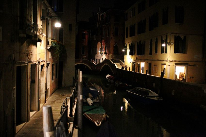 Night Illuminated Lighting Equipment Nightlife Built Structure Architecture City People Indoors  City Life Nautical Vessel Water Travel Destinations Tourism Travel Cityscape Bridge - Man Made Structure Venice, ıtaly Gondola - Traditional Boat Outdoors City Building Exterior Reflection History Sea