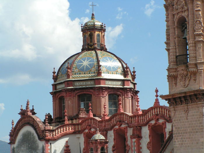 Santa Prisca Cathedral, Taxco Mexico Cathedral Mexico Architecture Barroque Building Exterior Built Structure Catholic Church Colonial Architecture Color Tiles Day Dome History No People Outdoors Religion Sculpture Sky Spirituality Travel Destinations