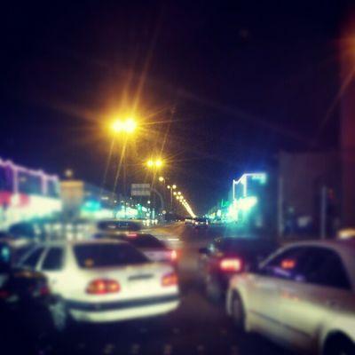 زحمة الرياض المملكة العربية السعودية الليل سيارات Traffic signal functioning Riyadh Saudi Arabia cars night lights twittr x3abrr Flickr facebook