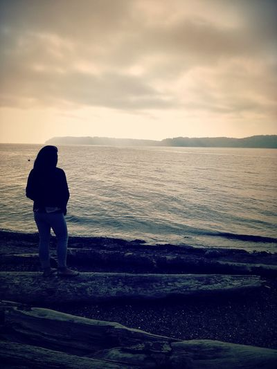 Staring at the sea. Beach Pacific Northwest  Eye4photography