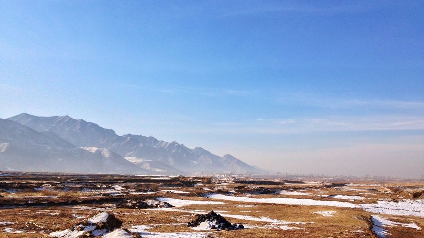 Crisp air, Clear Sky and a spirited mind. (东安峪口) 1.Ying CountyyShanxi ProvinceeMountainss Cornfield Plain Field Winter Snow