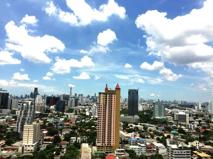 i spent 1/3 of my life in BkK. What a colorful and interesting city! Relaxing Wandering Around Aimlessly
