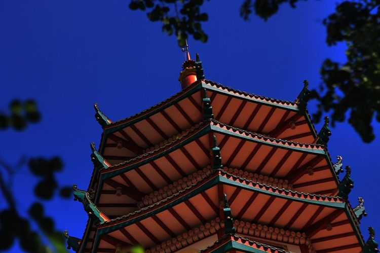 Kuil Temple - Building Temple Architecture Blue Sky Roof Pagoda Building Pagoda Temple EyeEm Selects EyeEm