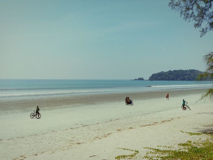 Spotted In Thailand Taking Photos Relaxing Streetphotography Journey On The Road ASIA Beach The KIOMI Collection