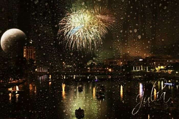 River reflection fireworks Eyeem Midwest Mississippi River Valley Illinois Water Reflections EyeEm Water Reflection Eyeem River Life Eyeem Fourth Of July Fourth Of July Fireworksphotography