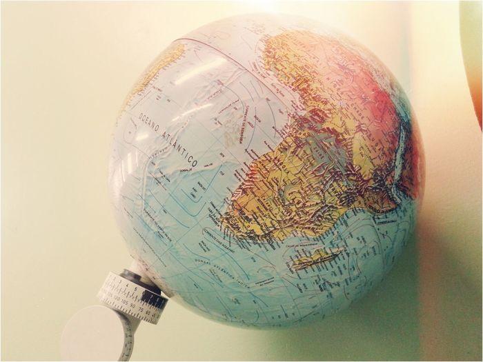 Viajar e conhecer o mundo inteiro ?