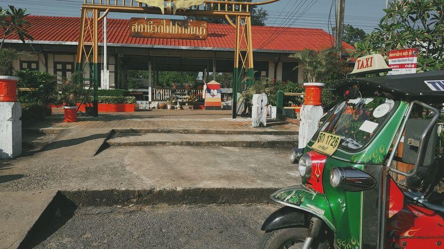 Taxi Taxi Thailand Land Vehicle City Architecture Building Exterior Built Structure