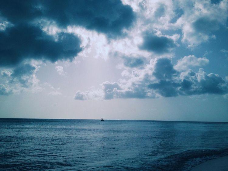 The Great Outdoors - 2016 EyeEm Awards Taking Photos Ocean Sea Water Nature EyeEm Best Shots EyeEm Nature Lover Color Palette