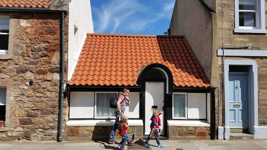 "(2 of 2) ""....But the Kids are Ok!"" 😂 EyeEm Best Shots Eye4photography  North Berwick Scotland 💕 Small Things Architecture EyeEm Masterclass Eyeem Market Exceptional Photographs Red Roof Seaside_collection Small Buildings Puffin Cottage Blue Sky"