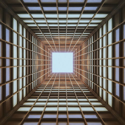 • lines & squares • Lines Urban Geometry Squares Architecture EyeEm Best Edits EyeEm Best Shots AMPt_community Symmetry Geometric Shapes Minimalism VSCO Architektur Eye4photography
