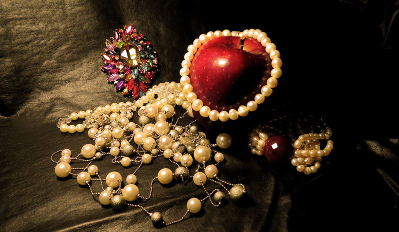 Apple Black Fashion Fruit Love Lux Luxury No People Pearls Red Shiny Tentation