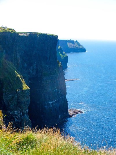 These are the days we live for. Sea Rock - Object Nature Rock Formation Cliff Outdoors Tranquility Scenics Tranquil Scene Blue Beauty In Nature Day No People Water Horizon Over Water Sky Moher Ireland🍀 Irlanda Green