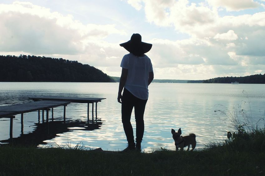 Hanging Out Lake View NatureCalling Whatfriendsarefor Fulloflove Intothewild Portrait Of A Woman