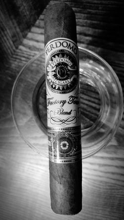 Cigar Cigarart Perdomo Cigarporn Cigarphotography Bulleitbourbon Bourbonwhiskey Cellphone Photography Blackandwhite Photography