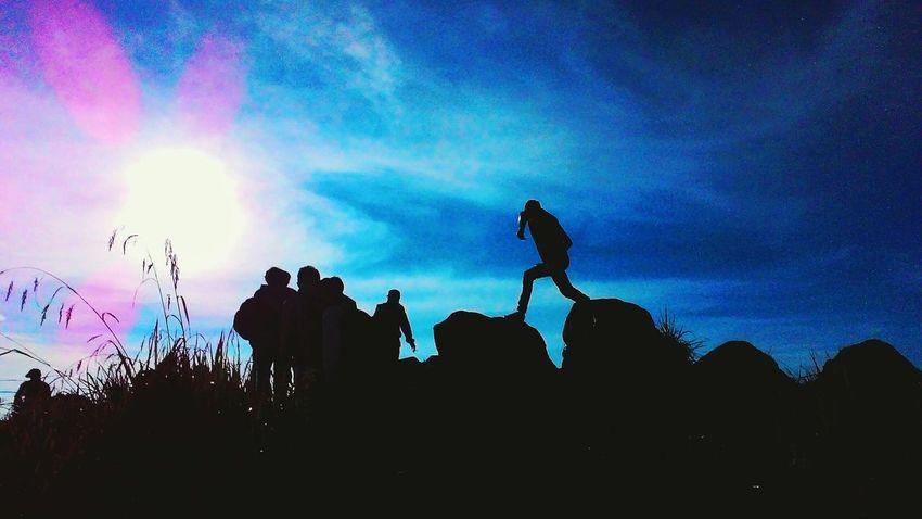 Welcome sunrise at Mt Ungaran, Central Java, Indonesia 2050mdpl First Eyeem Photo Wonderful Indonesia EyeEm Indonesia Indonesia_allshots Zenfonecam Sunrise Silhouette The Traveler - 2015 EyeEm Awards The Great Outdoors - 2015 EyeEm Awards