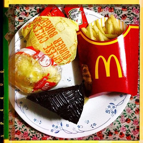 McDo Mcdonalds — Fries Cokefloat cheeseburger chocolatedecadent cake ensaymada jdbakeshop foodspotting foodgram iloilo igdaily foodpic igersiloilo cravings snack