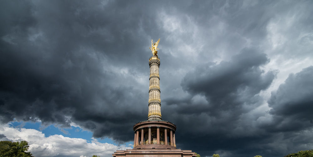 Architectural Column Architecture Architecture_collection Berlin Clouds Famous Place Germany Gold Colored History Memorial Photographer Photography Sculpture Sky Sky And Clouds Sky_collection Statue Tourism Travel Travel Destinations Travel Photography Travelphotography Victory Column Victory Column Berlin Victory Monument