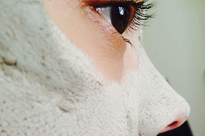 TheMask Facemask Makeherpretty Eye Closeup Notsosexy Don't Laugh Woman Things Beauty Day