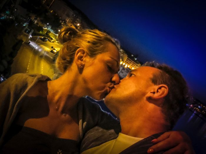 Kissing Tourist Tourist Resort Tourist Attraction  Tourist Destination Island Life Blue Background By Night Blond Hair Malta Valletta Man And Woman Togetherforever Beautiful Woman Kiss Kiss Kisses❌⭕❌⭕ Kiiss❤ Kiss Two People Togetherness Love Night Kissing Bonding Real People Young Women Lifestyles Indoors  Close-up Sky Young Adult