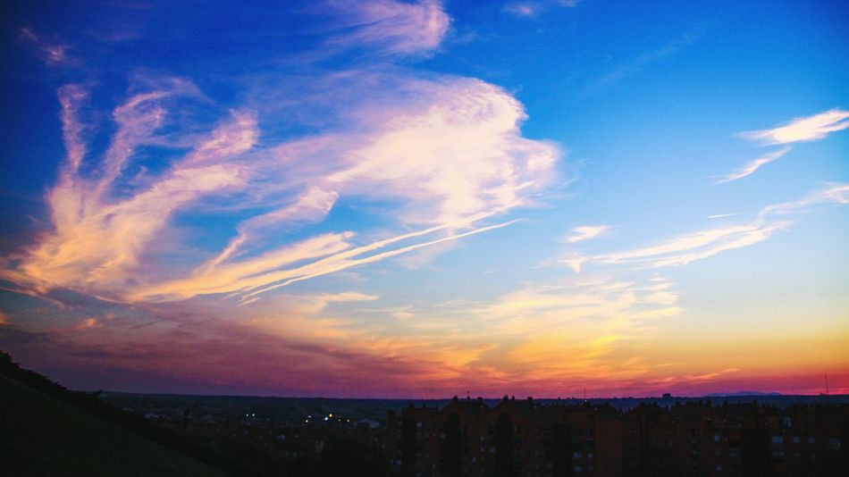 Sunset Tranquil Scene Scenics Sky Blue Beauty In Nature Tranquility Nature Idyllic Majestic Cloud - Sky Outdoors Vibrant Color Dramatic Sky Atmosphere Romantic Sky Madrid Madrid Spain Mirador De Vallecas Cityscapes Cloud Formations Parque De Las Siete Tetas EyeEm Gallery Check This Out Multi Colored