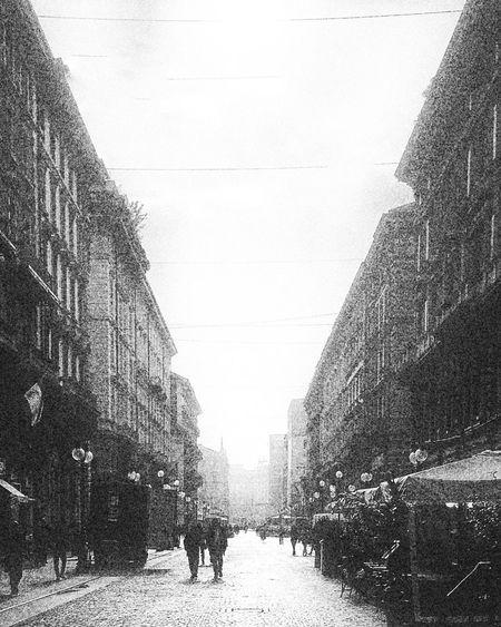 Monochrome Photography Gloomy day in Milan | #ShotOniPhone6S with #Blackieapp | editing Snapseed app Youmobile Wearegrryo Shootermag ShotoniPhone6s Blackandwhite