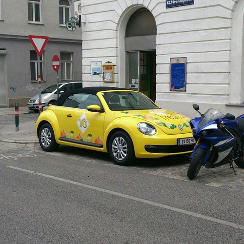 Juni 2014 Yellow Cars VW Beetle