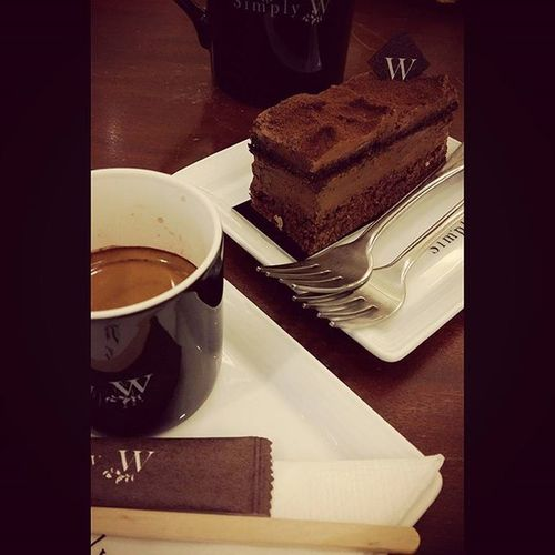 Simplyw Coffeetime Coffeeaholic Cake Coconut Chocolate Deserts Thailand Drink