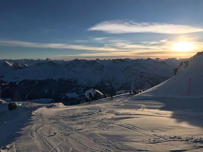 Swiss Ski slope No Edit/no Filter Arosa Switzerland Graubünden Snow Sky Cold Temperature Winter Nature Beauty In Nature Cloud - Sky Tranquil Scene Mountain Range Environment Sunlight