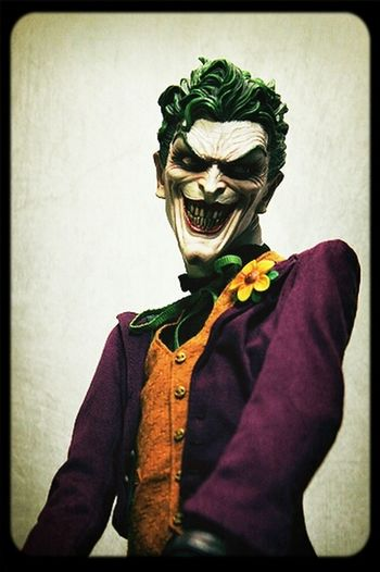The Joker Sideshow Slaine's Collection Resin Statue Premium Format