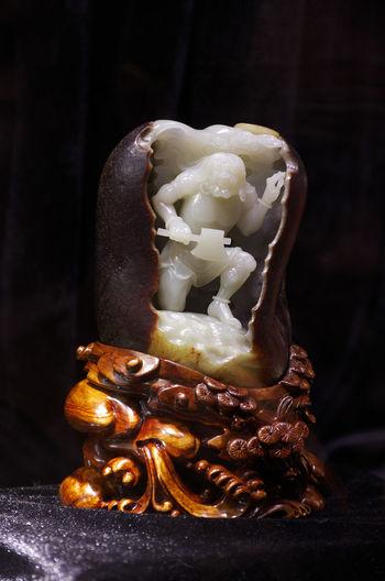 开天辟地 EyeEm Selects Black Background Anise Bakery Molten Ribbon - Sewing Item Baked Sweet Food Close-up