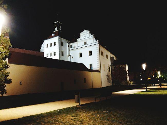 City Illuminated Architecture Built Structure Castle